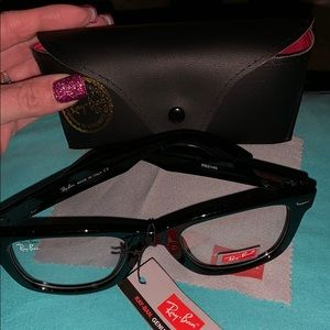 NWT!!!!! Ray ban glasses/sunglasses💕